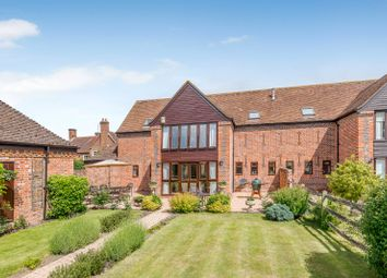 4 bed barn conversion for sale in Forsters Farm Court, Paices Hill, Aldermaston, Reading RG7