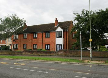 Thumbnail 3 bed flat to rent in Hawthorn Avenue, Colchester