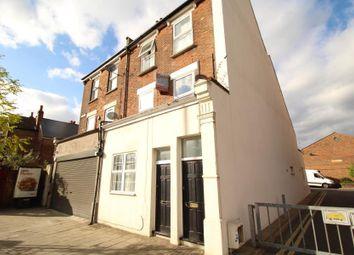 Thumbnail 3 bedroom flat to rent in Northwold Road, Hackney