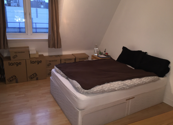 Thumbnail Studio to rent in Cable Street, London