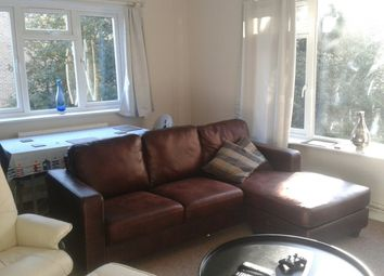 Thumbnail Room to rent in West Cliff Road, Bournemouth