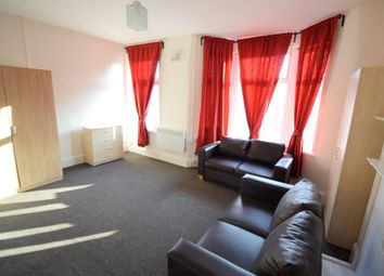 Wanstead Park Road, Ilford IG1. 1 bed flat