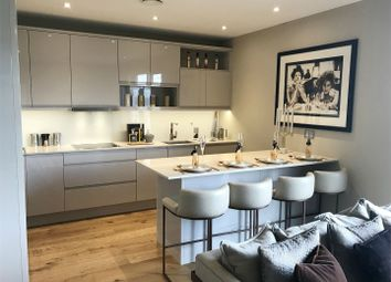 Thumbnail 2 bedroom flat for sale in Colindale Gardens, Colindale, London NW9,