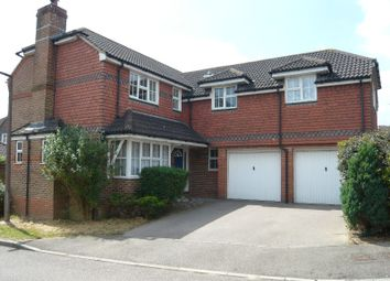 Thumbnail 5 bed detached house to rent in Birchwood Close, Maidenbower, Crawley