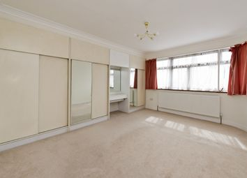Thumbnail 4 bed detached house to rent in Heathcroft, Ealing, London