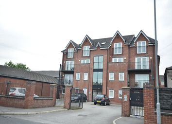 Thumbnail 2 bedroom flat to rent in Longcauseway, Farnworth, Bolton