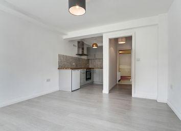 Thumbnail 1 bedroom flat to rent in Queensbridge Road, London
