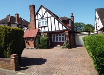 Thumbnail 4 bed detached house to rent in Meadway, Southgate