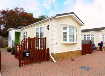 Thumbnail 2 bed mobile/park home for sale in New Road, Hellingly, Hailsham