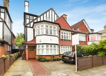 2 bed flat for sale in Acacia Road