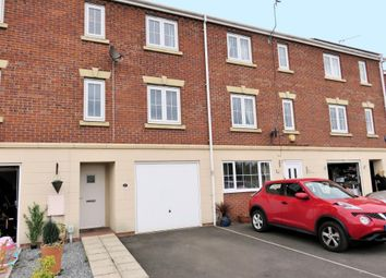 Thumbnail 4 bedroom property for sale in Dovestone Way, Kingswood, Hull