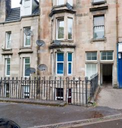 Thumbnail 2 bed flat for sale in 1/1 2 Windsor Place, Bridge Of Weir, Main Street, Bridge Of Weir