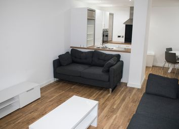 2 bed flat to rent in Michigan Avenue, Salford Quays M50