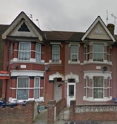 Thumbnail 2 bed maisonette to rent in Saxon Road, Southall