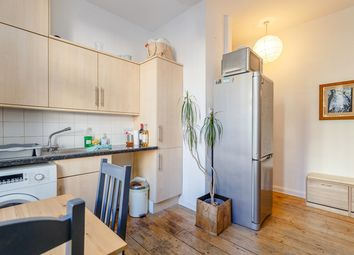 Thumbnail 1 bed flat for sale in Tooley Street, London