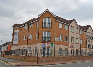 Thumbnail 2 bed flat to rent in Dunsford Road, Smethwick