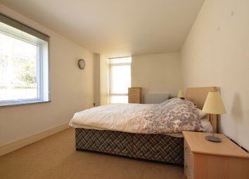 Thumbnail 1 bed flat to rent in Canary Central, Cassilis Road, South Quay