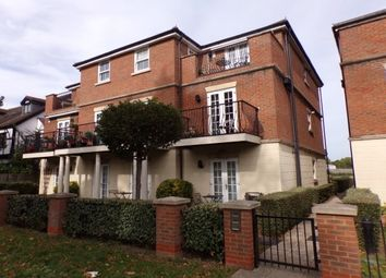 Thumbnail 2 bed flat to rent in Priests Lane, Brentwood