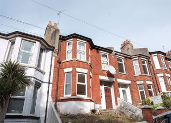 Thumbnail 2 bed flat to rent in Bear Road, Brighton