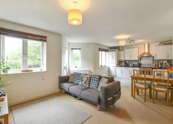 Thumbnail 2 bed flat to rent in Carlingford Road, Turnpike Lane, London