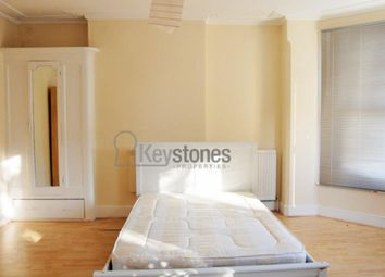 Thumbnail Room to rent in Woodside Road, Room 3, Wood Green