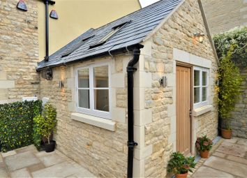 Thumbnail 3 bed town house for sale in Scotgate, Stamford