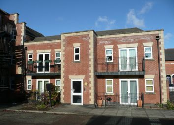 Thumbnail 2 bed flat to rent in Compass House, South Street, Reading