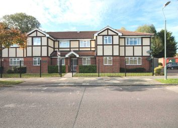 Thumbnail 2 bed flat to rent in Cedar Avenue, Blackfen, Sidcup