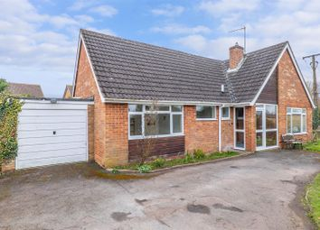 Burnell Close, Bidford-On-Avon, Alcester B50. 3 bed detached bungalow for sale