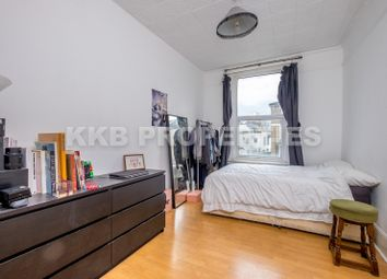 Thumbnail 1 bedroom town house to rent in Evering Road, Stoke Newington