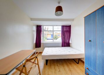 Thumbnail 6 bed terraced house to rent in The Bittoms, Central Kingston, Kingston Upon Thames