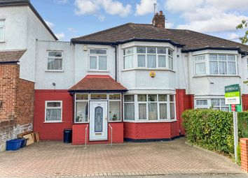 Wanstead Lane, Ilford IG1. 4 bed terraced house