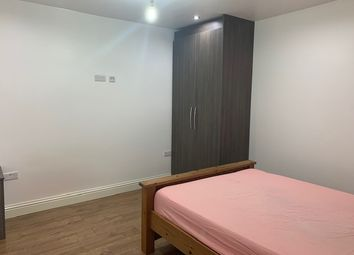 Thumbnail Studio to rent in High Street, Hayes, Greater London