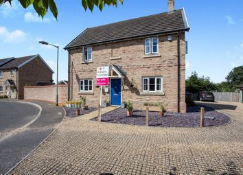 Thumbnail 4 bed detached house for sale in Bell Meadow, Hingham, Norwich