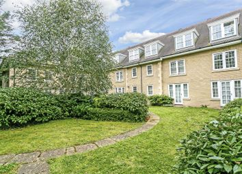 2 bed flat for sale in Brighton Road, Banstead SM7