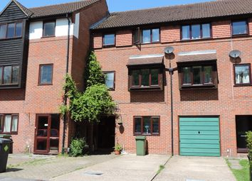 Thumbnail 6 bed terraced house to rent in Honeysuckle Close, Winchester