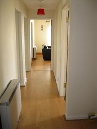 Thumbnail 2 bed flat to rent in High Street, Dysart