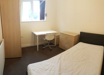 Room to rent in Mauldeth Road, Fallowfield, Manchester M20