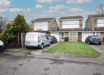 Woodend Close, Crawley RH10. 3 bed detached house for sale