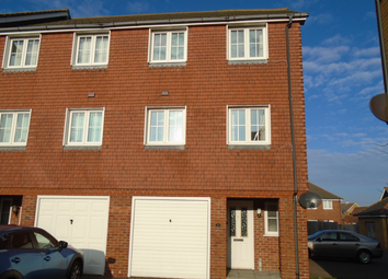 3 bed town house to rent in Macquarie Quay, Eastbourne BN23