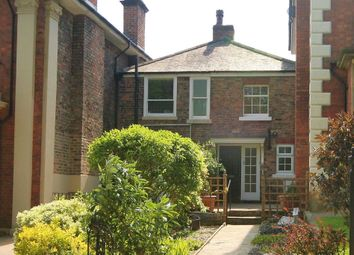 Thumbnail 3 bed cottage to rent in The Crescent, Ripon
