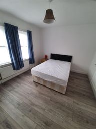 Room to rent in Highgrove Street, Reading, Berkshire RG1