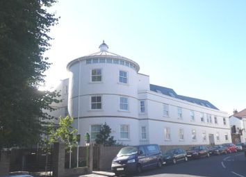 Thumbnail 2 bed flat to rent in St. Vincent Road, Southsea
