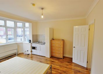 Thumbnail Studio to rent in Grasmere Avenue, Wembley