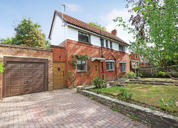 Walpole Road, Surbiton KT6. 2 bed detached house