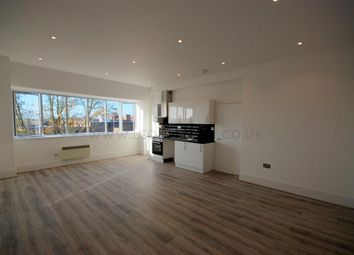 Thumbnail 2 bed flat to rent in Market Place, Wokingham