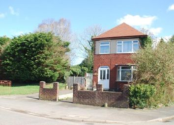 Thumbnail 3 bed detached house for sale in Hadlow Road, Willaston, Neston, Cheshire