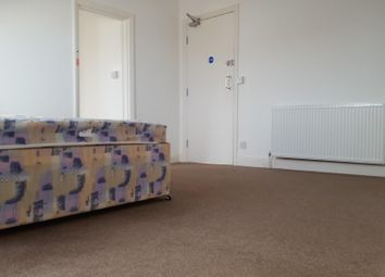 Thumbnail Room to rent in 21 Finkle Street, Thorne, Doncaster