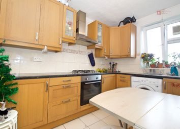 4 bed flat to rent in Lee Street, Haggerston, Dalston, Hackney E8