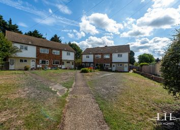 2 bed maisonette for sale in Minster Court, Hornchurch RM11